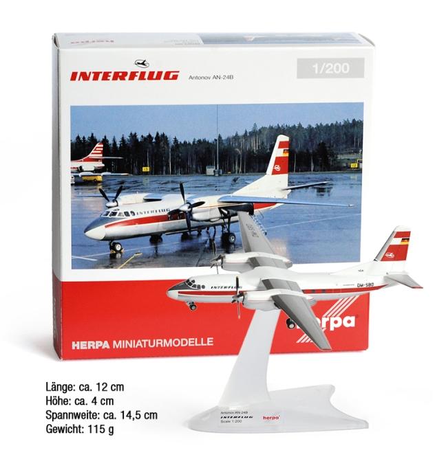 INTERFLUG PLANE MODEL AN-24B