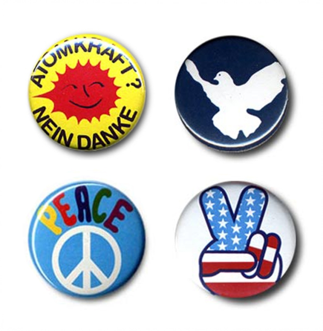 "BUTTON SET ""EIGHTIES ACTIVIST"""
